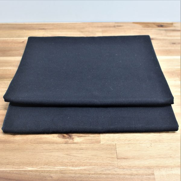 black linen table